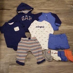 Bundle of Gap clothing